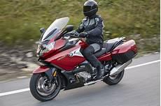 motorbike review the bmw k 1600 gt buzz ie