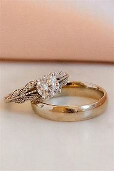 24 vintage wedding rings for brides who love classic oh so