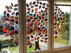 Fensterdeko Herbst Basteln - herbstdeko kunstunterricht fensterbilder herbst
