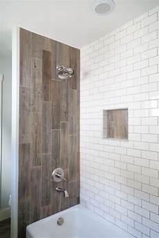 Badezimmer Fliesen Holz - farmhouse bathroom renovation wood tile shower bathroom