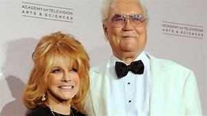 Star Of 77 Sunset Strip Roger Smith Dies  YouTube