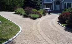 einfahrt gestalten ideen top 60 best gravel driveway ideas curb appeal designs