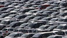 parc automobile français le parc automobile fran 231 ais continue 224 vieillir