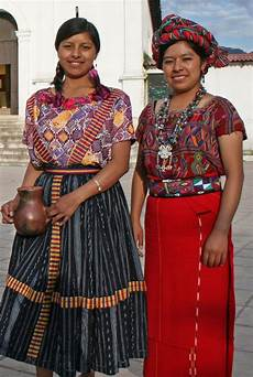 indigenous guatemalan in traditional clothing in 2019 traditional outfits guatemalan