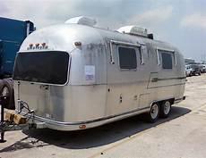 airstream safari empty american caravan