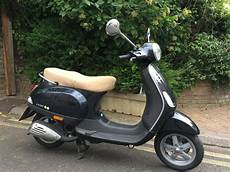 Vespa 50ccm Gebraucht - low mileage black vespa 50cc scooter hardly used since