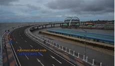 Pesona Jembatan Suroboyo Dengan Air Mancurnya Informasi