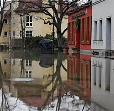 schadenfall hochwasser was tun und wer zahlt