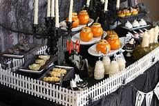 halloween deko essen fashion themed ideas fashion chalet by