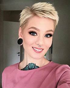 30 best short layered pixie and bob hairstyles 2019