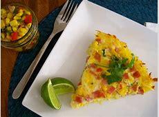 fresh corn salsa frittata with hash brown crust_image