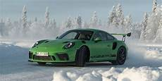 2019 porsche 911 gt3 rs debuts looks bad because it