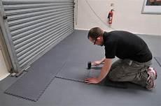 peinture sol garage quel rev 234 tement choisir pour garage