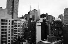 Apartment Movers Manhattan by A Guide To Renting An Apartment In Manhattan Big Apple