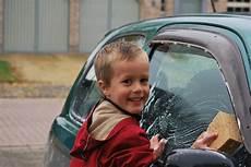 Auto Selber Waschen - alles 252 ber autowaschanlagen und autow 228 sche autowaschanlage