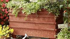 how to build a raised garden bed portable version