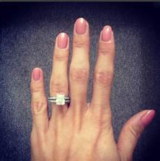 women get plastic surgery on hands for perfect engagement ring selfie metro news