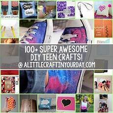 100 super awesome crafts for a little craft in
