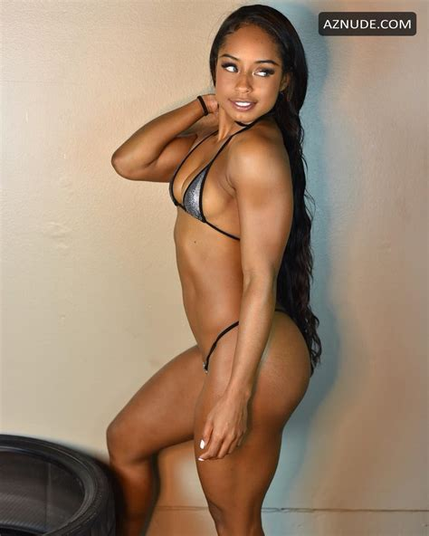 Qimmah Russo Nude