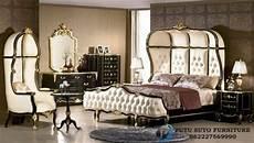 Kamar Set Mewah Ukir Syahrini Model Set Tempat Tidur