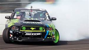 The One With Vaughn Gittin Jr & 2014 Ford Mustang