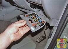 Renault Megane Scenic 1999 2002 1 4 Fusebox And