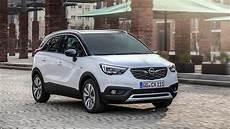 Opel Crossland X 2017 أوبل كروسلاند أكس