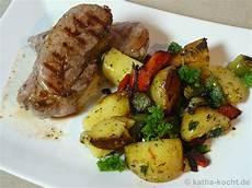 frischlings steak mit kartoffel paprika pfanne katha kocht