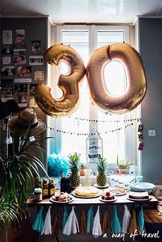 deco table anniversaire 30 ans avoir 30 ans a way of travel