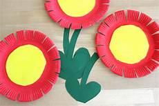 Lifestylemommy Diy Blumen Aus Papptellern Basteln Fr 252 Hling