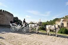 bianchi carrozze gl agency carrozza con cavalli bianchi