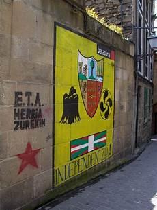 eta vasco pin en every country has a story s z