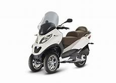 Mp3 300 Lt Business Fl Abs Asr Scooter Et Moto En
