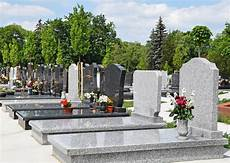 Tips On How To Clean A Tombstone And Keep The Memories Fresh