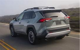 2019 Toyota RAV4 Vs 2020 Subaru Outback Compare Crossovers