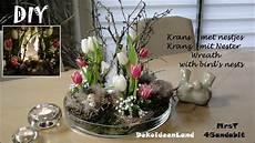 deko frühling selber machen diy fr 252 hlingsdeko kranz mit osternester tulpen i krans