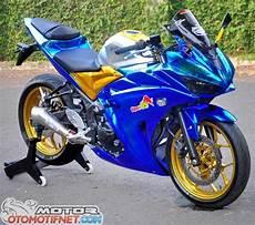 Modifikasi R25 by Foto Modifikasi Yamaha Yzf R25 Biru Mengkilat