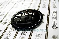 kodiaq original skoda monte carlo black emblem rear