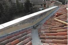 pose d un cheneau en zinc noue cheneau toit en zinc et couvertines sur coulisseaux