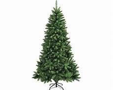 Lichterkette Am Weihnachtsbaum Anbringen Beliebter