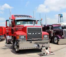 truck show truck show season is upon us trucker tips