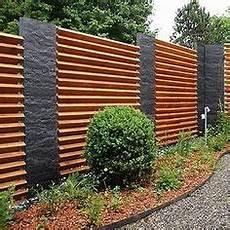 gartenzaun holz diagonal design sichtschutz halbdurchl 228 ssig aus metall holz