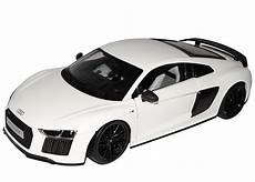 audi r8 v10 plus coupe weiss neuestes modell 2 generation