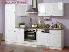 kuche modern mit kuche landhausstil modern mit details zu k 252 chenzeile