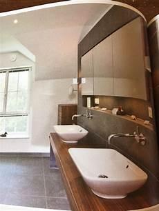 Bilder Im Badezimmer - sch 246 ne ablage im bad inkl spiegelschrank spiegelschrank