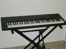 piedistallo tastiera roland e5 synth workstation tastiera midi 1849835 su