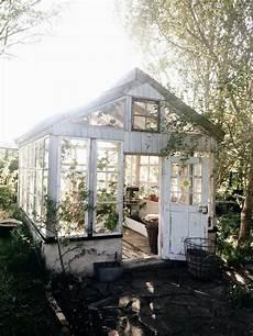 romantisches gartenhaus inspiration f 252 r den sommergarten