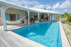 piscine de luxe location villa luxe avec grande piscine 224 grand bourg