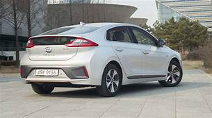 2017 Hyundai Ioniq Review  CarAdvice