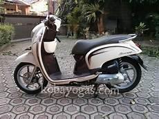 Scoopy Modif Vespa by Diy Pasang Bohlam Led Pada Honda Scoopy Fi Kobayogas